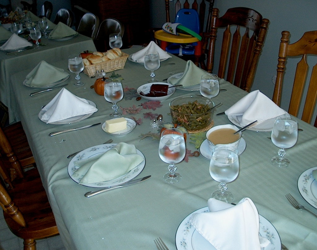 Thanksgiving table - 2009